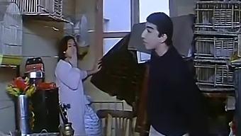 Mona Chalabi  Sex